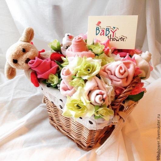 Подарки для новорожденных, ручной работы. Ярмарка Мастеров - ручная работа. Купить Букет из детских носочков в корзине. Handmade. Разноцветный