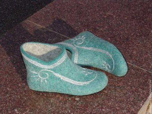 Обувь ручной работы. Ярмарка Мастеров - ручная работа. Купить Сапожки домашние валяные Нарада. Handmade. Обувь ручной работы