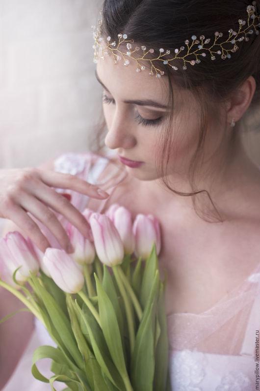 Золотой веночек с розовым кварцем в наличие! Можно носить как ободок или венок. Отлично дополнит образ невесты. Можно сделать на серебряной основе! Свадебное украшение в прическу ручной работы