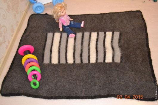 Пледы и одеяла ручной работы. Ярмарка Мастеров - ручная работа. Купить Плед - одеяло детский вязаный пуховый. Handmade.