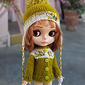 Куклы и игрушки handmade. Livemaster - original item Clothes for Blythe. Olive set with rosettes (jacket and cap). Handmade.