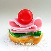 Косметика ручной работы. Ярмарка Мастеров - ручная работа Бутерброд с колбасой - мыло ручной работы. Handmade.