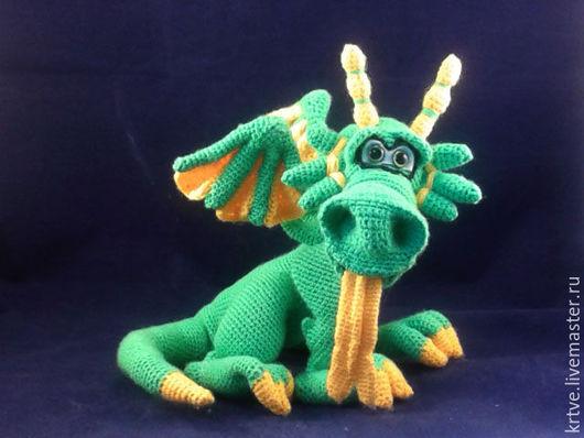 Игрушки животные, ручной работы. Ярмарка Мастеров - ручная работа. Купить Дракон Рычарг. Handmade. Зеленый, дракон крючком, акрил
