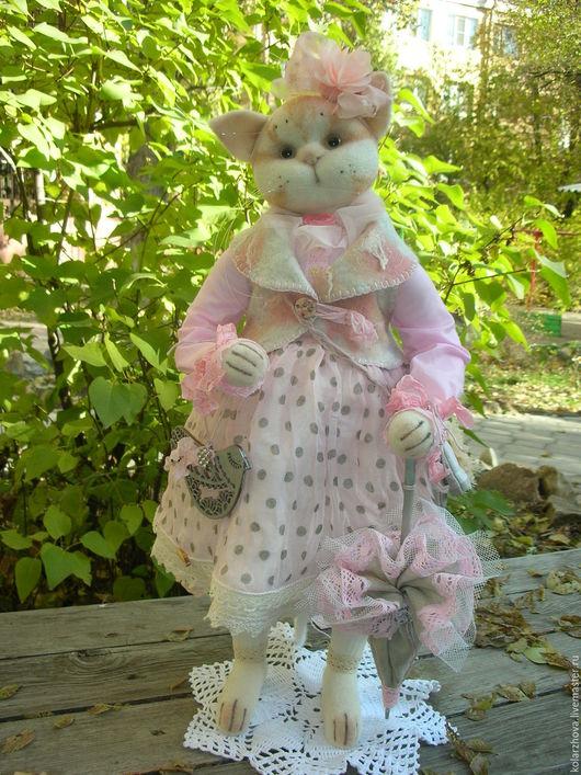 Куклы и игрушки ручной работы. Ярмарка Мастеров - ручная работа. Купить Тася.Авторская интерьерная кошка. Handmade. Бледно-розовый