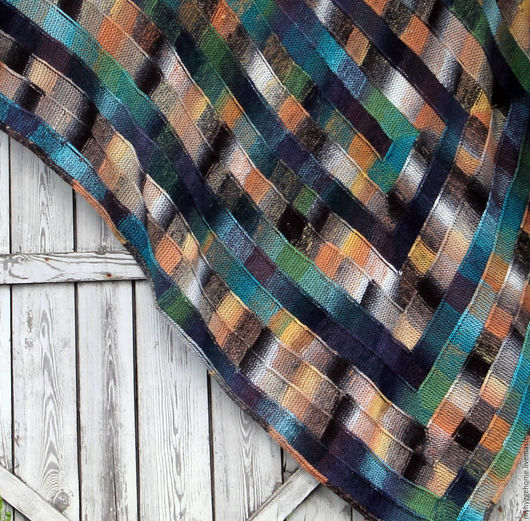 """Текстиль, ковры ручной работы. Ярмарка Мастеров - ручная работа. Купить Вязаный плед """"Скалистый берег"""". Handmade. Комбинированный, зеленый"""