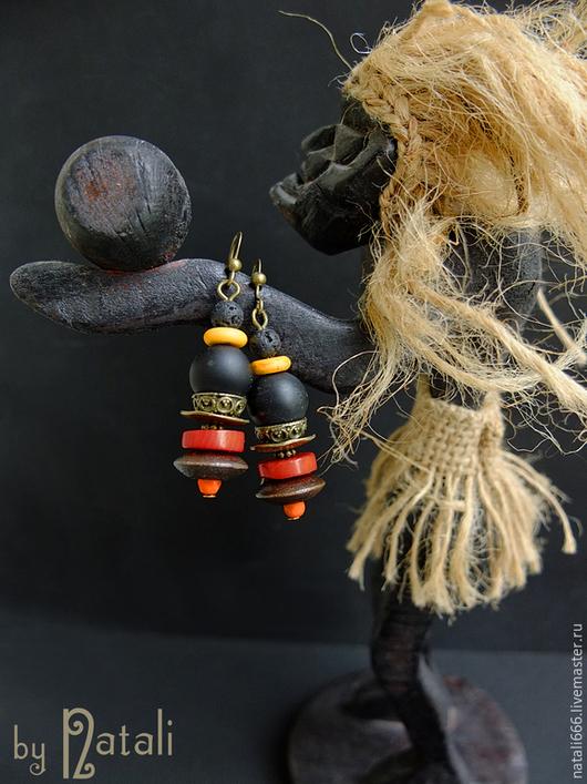"""Серьги ручной работы. Ярмарка Мастеров - ручная работа. Купить Серьги """"Африканский сувенир"""" - агат, коралл, лава, говлит, дерево. Handmade."""