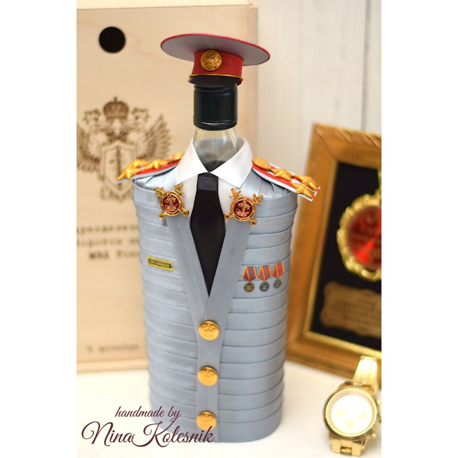 An original gift to her husband the police General, Souvenirs by profession, Moscow,  Фото №1