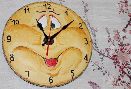 """Часы для дома ручной работы. Ярмарка Мастеров - ручная работа. Купить Часы настенные """"Улыбка"""". Handmade. Желтый, часы интерьерные"""