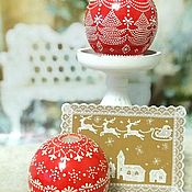 Сувениры и подарки handmade. Livemaster - original item Red holiday balloon candle with dot painting. Handmade.