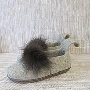 Обувь ручной работы. Ярмарка Мастеров - ручная работа Войлочные тапочки Куница светло-бежевые. Handmade.
