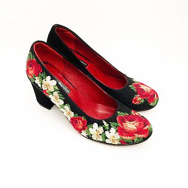 """Обувь ручной работы. Ярмарка Мастеров - ручная работа Туфли """"Нежные розы"""" на удобном каблуке. Handmade."""