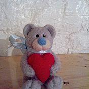 Куклы и игрушки ручной работы. Ярмарка Мастеров - ручная работа Влюбленный мишка. Handmade.