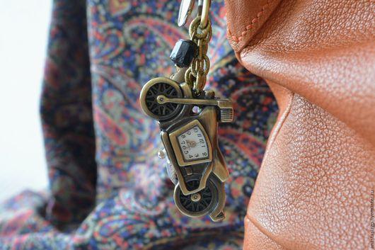 Брелоки ручной работы. Ярмарка Мастеров - ручная работа. Купить СКОРОСТЬ часы брелок на сумку ключи или авто. Handmade.