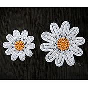 Материалы для творчества handmade. Livemaster - original item Embroidery applique patch of Chamomile laced with petals. Handmade.