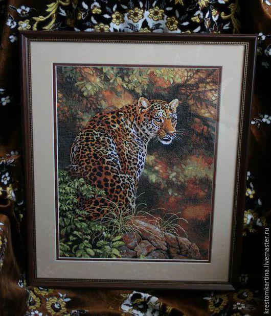 """Животные ручной работы. Ярмарка Мастеров - ручная работа. Купить Вышитая картина""""Взгляд леопарда"""". Handmade. Комбинированный, картина в подарок, животные"""