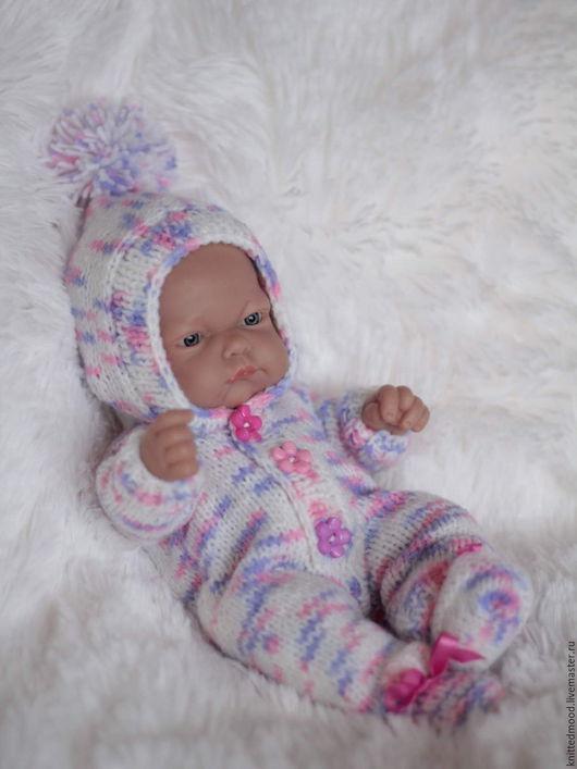 """Одежда для кукол ручной работы. Ярмарка Мастеров - ручная работа. Купить Комбинезон для куклы """"Веселый помпон"""". Handmade. Комбинированный"""