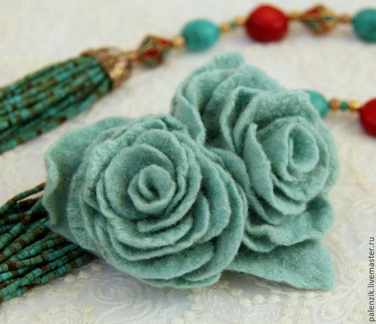 """Броши ручной работы. Ярмарка Мастеров - ручная работа. Купить Валяная брошь """"Мятные розы"""". Handmade. Брошь, цветок"""