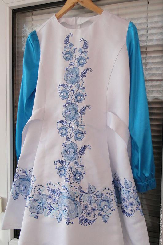 """Платья ручной работы. Ярмарка Мастеров - ручная работа. Купить Концертное платье """"Гжель"""" машинная вышивка, индивидуальный пошив. Handmade."""