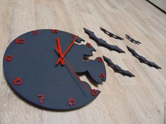 """Часы для дома ручной работы. Ярмарка Мастеров - ручная работа. Купить Настенные часы """"Летучие мыши №2"""". Handmade. Черный"""