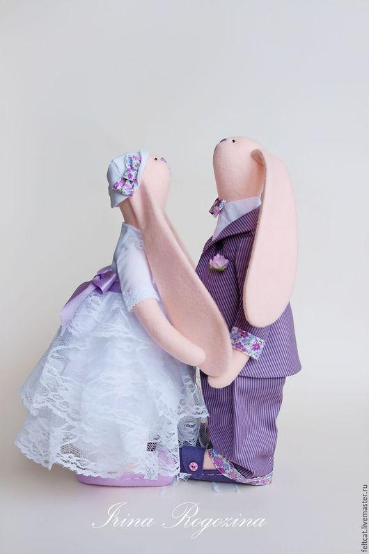 Куклы Тильды ручной работы. Ярмарка Мастеров - ручная работа. Купить Свадебные зайцы белый/сливовый подарок на свадьбу. Handmade. Свадьба