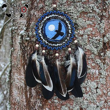 """Feng Shui handmade. Livemaster - original item Тотемный ловец снов """"Полет ворона"""" с натуральным лунным камнем, 28 см. Handmade."""