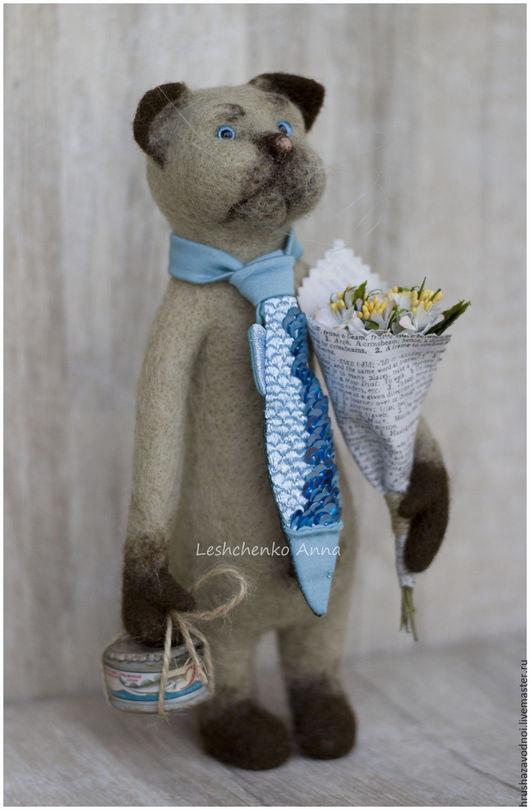 Мусьё Селёдкин во всеоружии и... в недоумении! Букет цветов нарвал, вкусняшки раздобыл,галстук у друга одолжил - а Дама сердца все не идет!