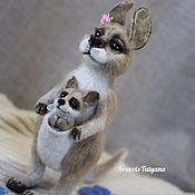 Куклы и игрушки handmade. Livemaster - original item Copyright felt toy Kangaroo with baby. Handmade.