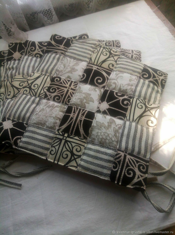 сидушки для стульев или табуретов  комплект из 4 предметов, Покрывала, Кемерово,  Фото №1