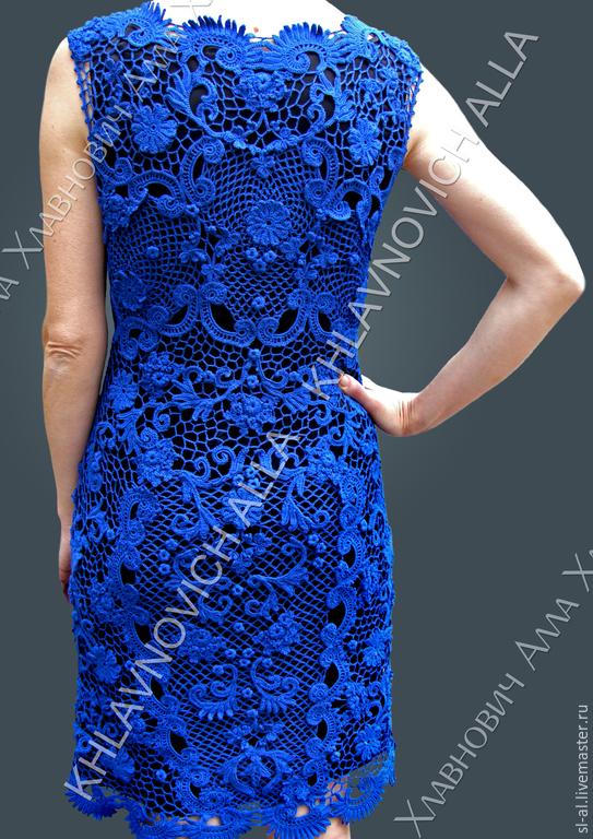 Голубое платье в технике ирландского кружева