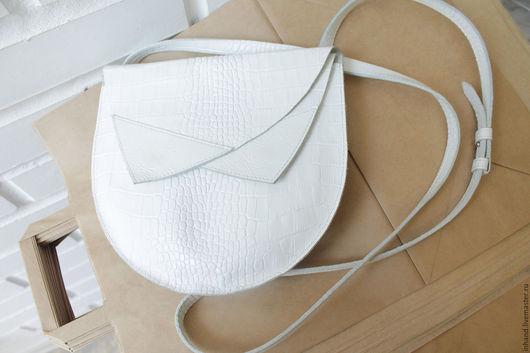 Женские сумки ручной работы. Ярмарка Мастеров - ручная работа. Купить сумка кроссбоди разные цвета. Handmade. натуральная кожа