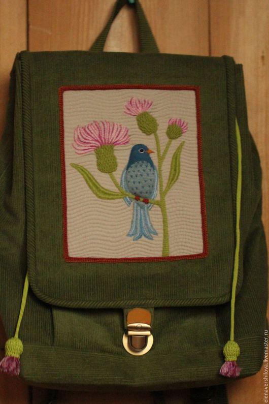 """Рюкзаки ручной работы. Ярмарка Мастеров - ручная работа. Купить Рюкзак вышитый """"Птичка"""". Handmade. Зеленый, вельветовая сумка"""