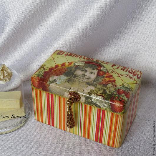 """Шкатулки ручной работы. Ярмарка Мастеров - ручная работа. Купить Чайная коробочка  """" Клубничный пирог """". Handmade."""