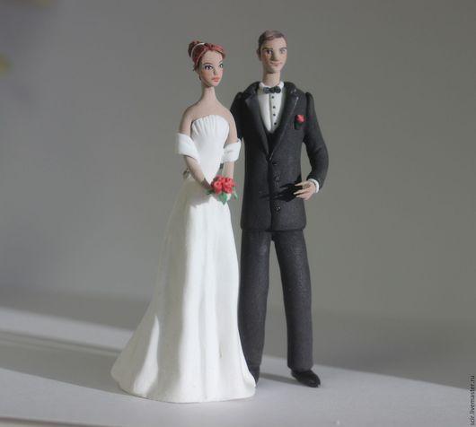 """Свадебные аксессуары ручной работы. Ярмарка Мастеров - ручная работа. Купить фигурки на свадебный торт """"жених и невеста""""-2 (статуэтки на торт). Handmade."""