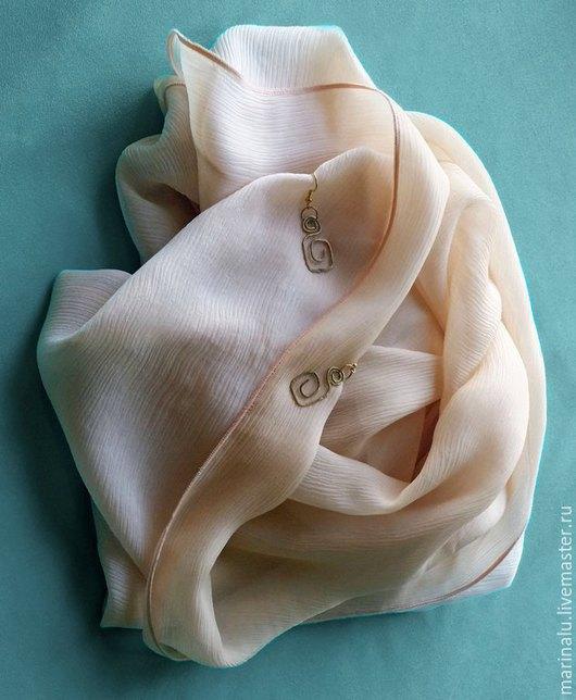 Шарфы и шарфики ручной работы. Ярмарка Мастеров - ручная работа. Купить Шарф из натурального шелка. Handmade. Кремовый, воздушный шарф
