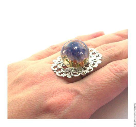 """Кольца ручной работы. Ярмарка Мастеров - ручная работа. Купить Кольцо с настоящими цветами """"Морозные цветы в фиолетовом"""". Handmade."""