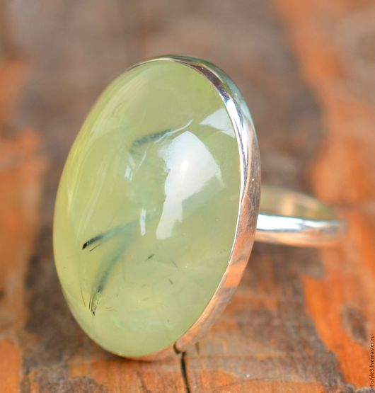 Кольца ручной работы. Ярмарка Мастеров - ручная работа. Купить Перстень с крупным пренитом, серебро.. Handmade. Драгоценные камни, серебро