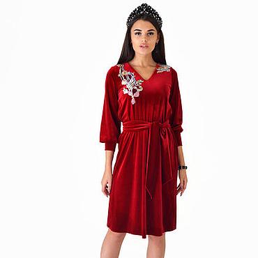 Одежда ручной работы. Ярмарка Мастеров - ручная работа Стильное короткое платье-рубашка в бордовом цвете с вышивкой на спине. Handmade.