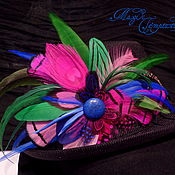 Украшения handmade. Livemaster - original item Brightly colored hair clip brooch with feathers. Handmade.