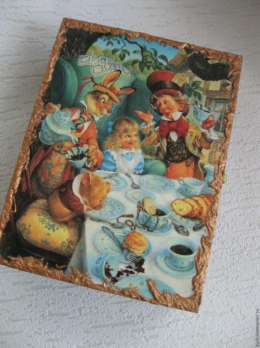 """Кухня ручной работы. Ярмарка Мастеров - ручная работа. Купить Шкатулка для чая """"Алиса"""". Handmade. Комбинированный, шкатулка для мелочей"""