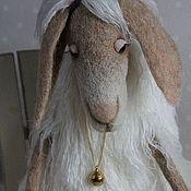 Куклы и игрушки ручной работы. Ярмарка Мастеров - ручная работа Овечка Наденька валяная  из шерсти. Handmade.