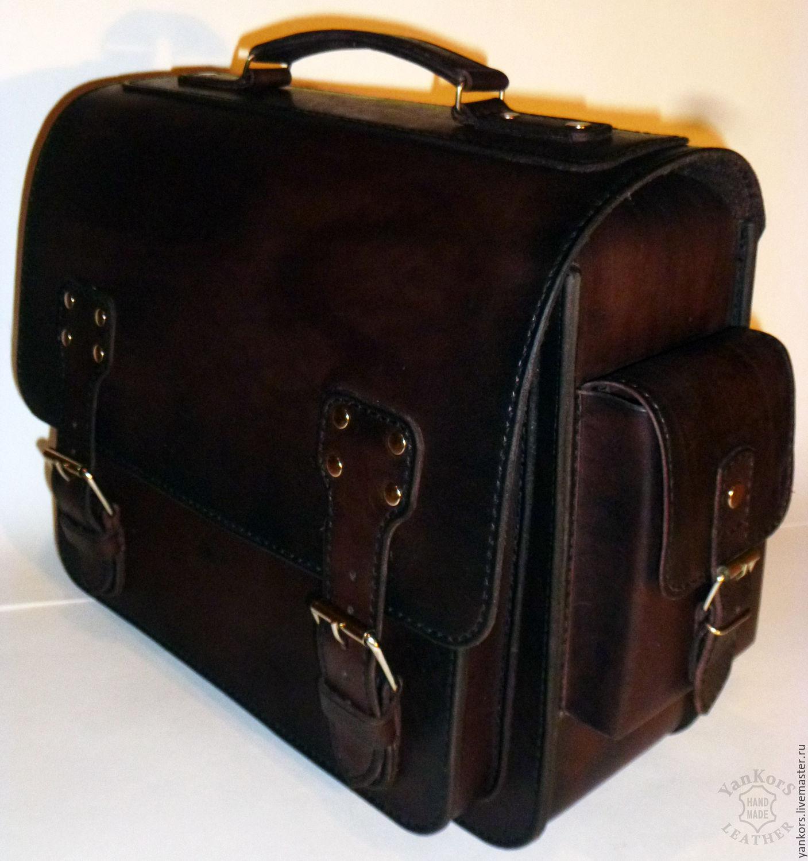 Мужской портфель из кожи