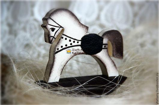 """Игрушки животные, ручной работы. Ярмарка Мастеров - ручная работа. Купить Деревянная лошадка """"Кофе со сливками"""". Handmade. Кофе"""