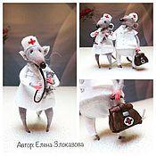 Куклы и игрушки ручной работы. Ярмарка Мастеров - ручная работа мышки в белых халатах. Handmade.