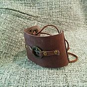 Украшения ручной работы. Ярмарка Мастеров - ручная работа Широкий кожаный браслет для леди. Handmade.