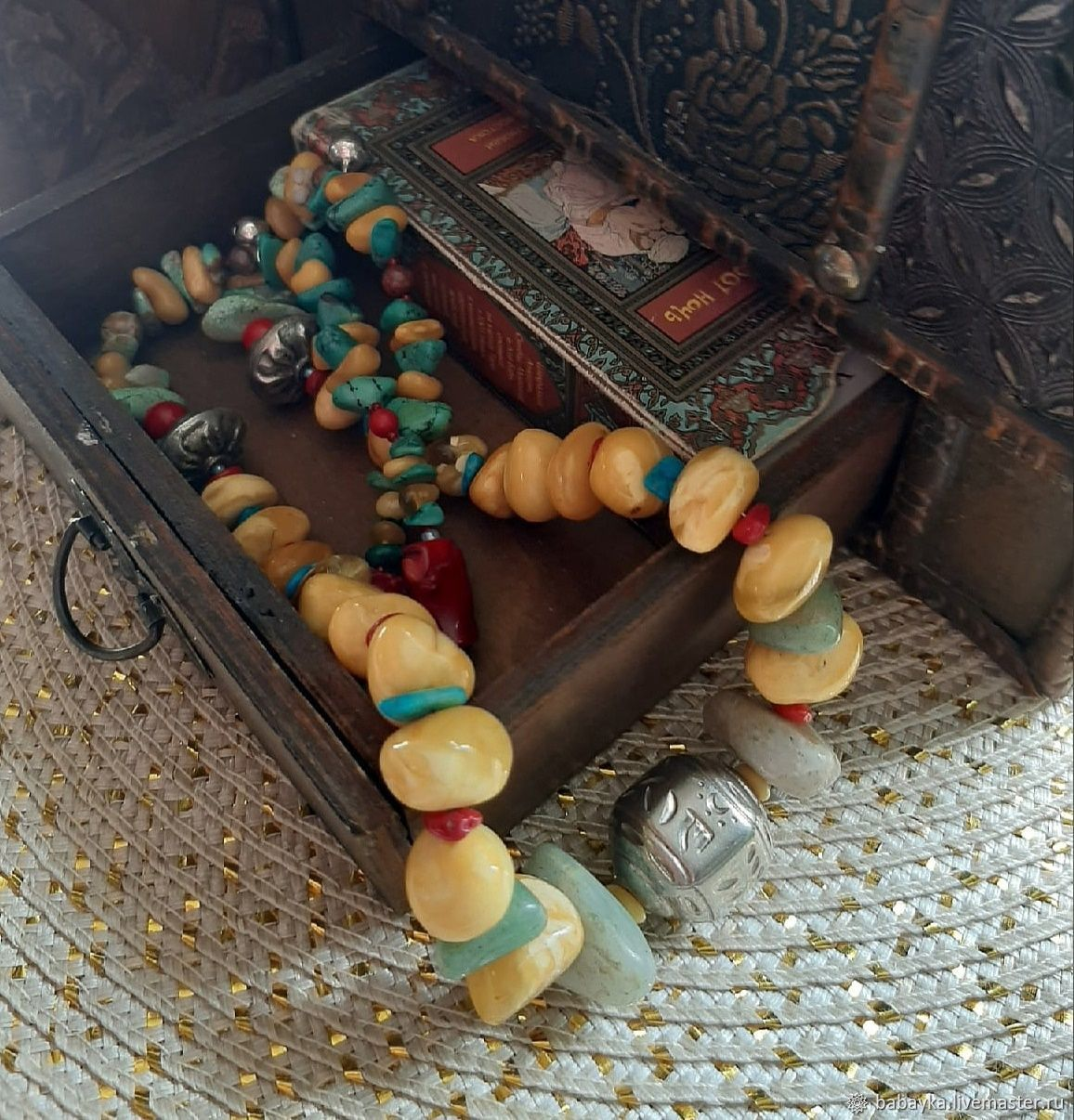 Старый Тибет. Тибетское серебро, янтарь империал, коралл, бирюза, Бусы, Москва,  Фото №1