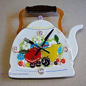 """Для дома и интерьера ручной работы. Ярмарка Мастеров - ручная работа часы на кухню """"Чайник"""" стекло, фьюзинг. Handmade."""