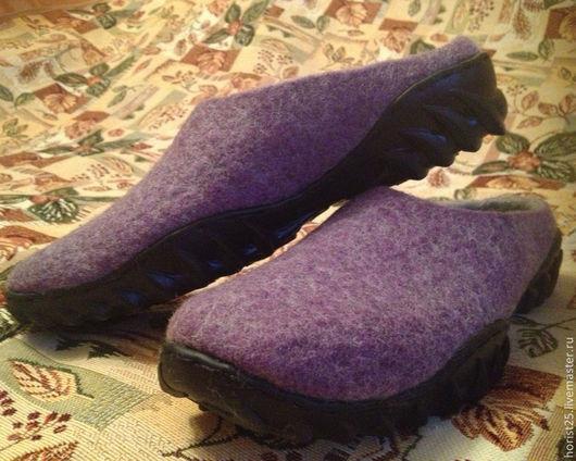 Обувь ручной работы. Ярмарка Мастеров - ручная работа. Купить Валяные сабо для дачи. Handmade. Сиреневый, войлочная обувь, подошва