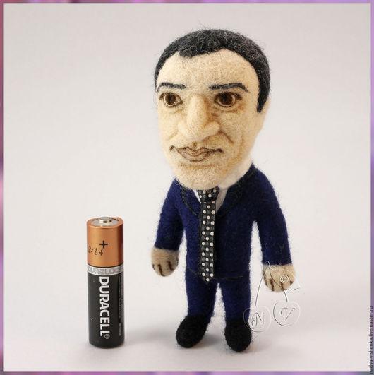 Подвески ручной работы. Купить Брелок с портретным сходством (портретная кукла) коллекционная кукла. Портретный брелок, игрушка по фото, войлочная игрушка. Handmade.