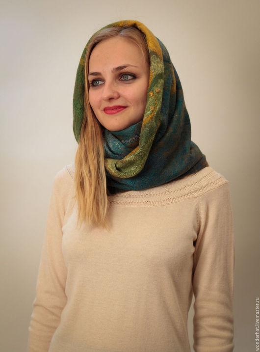 """Шали, палантины ручной работы. Ярмарка Мастеров - ручная работа. Купить Валяный шарф-снуд """"Ирландский мох"""". Handmade. Оливковый"""