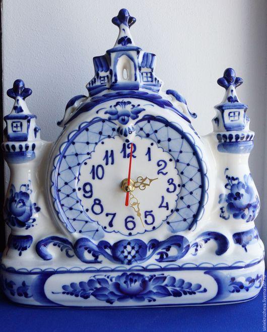"""Часы для дома ручной работы. Ярмарка Мастеров - ручная работа. Купить Часы """"Дворцовые"""", гжель, авторская работа.. Handmade. Синий"""